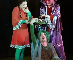 Ямболският драматичен театър излиза на открити сцени през септември