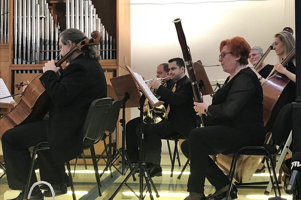 """Ямболският Камерен оркестър """"Дианополис"""" открива новия си, 52-ри по ред, творчески сезон на 29 септември, неделя с концерт в залата на Безистена. В програмата..."""