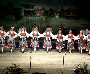 """За 6 септември - онлайн концерти на Ансамбъла за народни песни и танци-Сливен и ансамбъл """"Браво"""""""