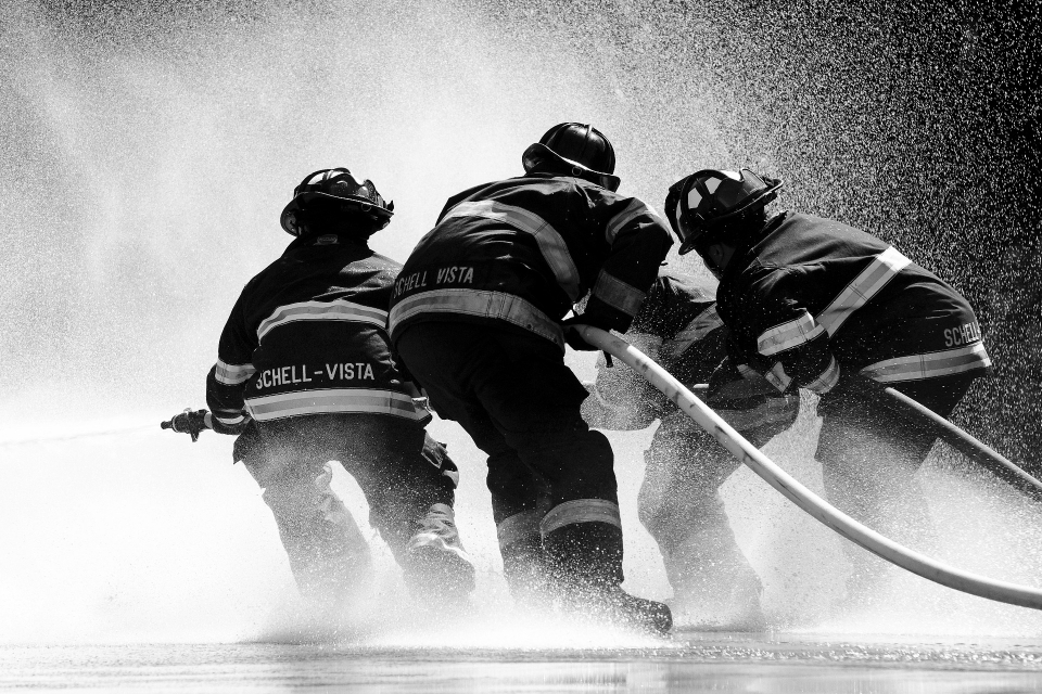 38-годишен мъж е задържан в РУ-Сливен за причиняване на пожар по непредпазливост. На 29 август е възникнал пожар в землището на село Селиминово, съобщават...