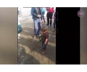 Задържаха бащата на детето с бурилка бира в ръка