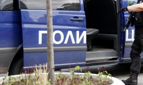 При полицейска операция, проведена вчера от служители на РУ Ямбол, са задържани 51-годишен мъж и 50-годишна жена от Ямбол. В хода на воденото разследване...