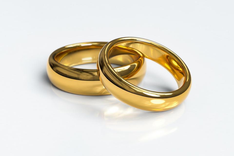 39-годишна жена е задържана за кражба на пари и златни накити. Криминалисти на РУ-Сливен започват работа по случая в началото на месец юли след получен...