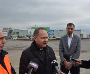 Започна изграждането на кръгово кръстовище на изхода за село Кукорево