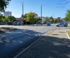 """Започва изграждане на кръгово кръстовище в Ямбол на улиците """"Милин камък"""" и """"Търговска"""""""
