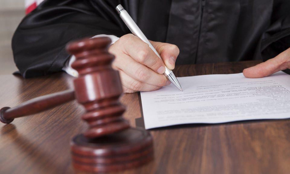 """По внесен обвинителен акт на Районна прокуратура – Сливен бе наложено условно наказване от 10 месеца """"лишаване от свобода"""" и """"глоба"""" в размер на 10000..."""
