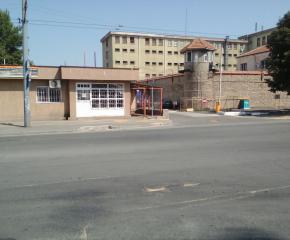 Затвор за рецидивист, ограбил учителка