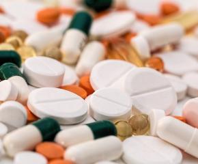 Здравният министър разреши износа на аналгин-хинин