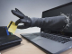 Жена превеждала хиляди евро на измамници от социални мрежи