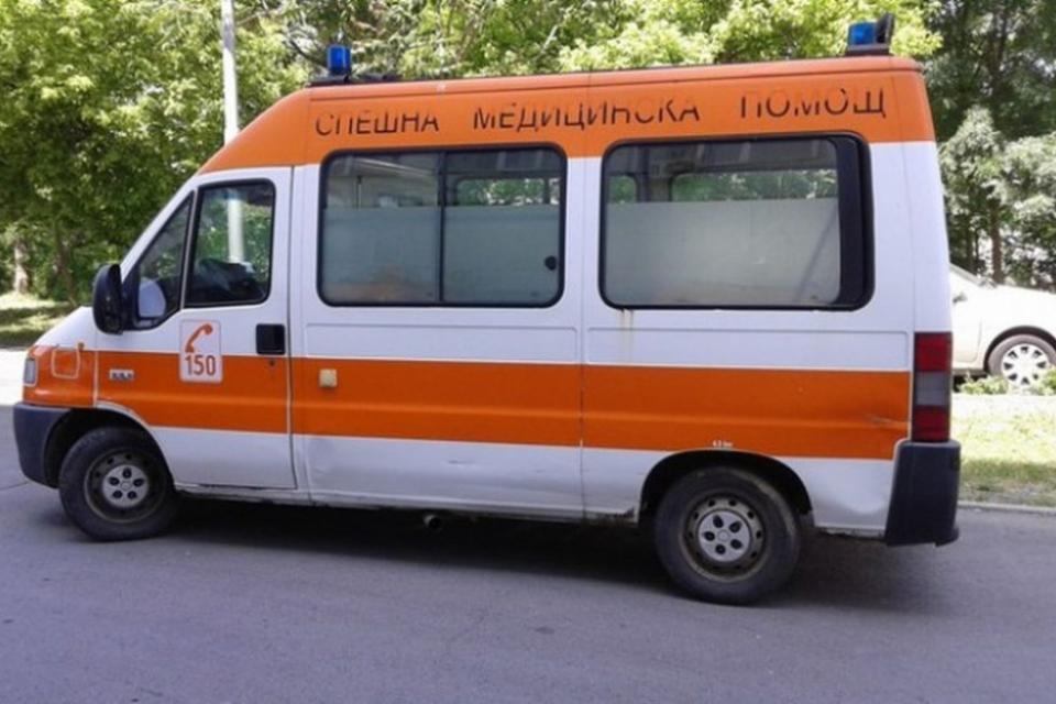 """Жена се е простреляла в оръжеен магазин на ул """"Раковски"""" в Сливен, съобщава Информационна агенция Фокус. От ОДМВР – Сливен са потвърдили за инцидента...."""