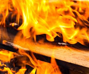 Жена загина след пожар в апартамента си