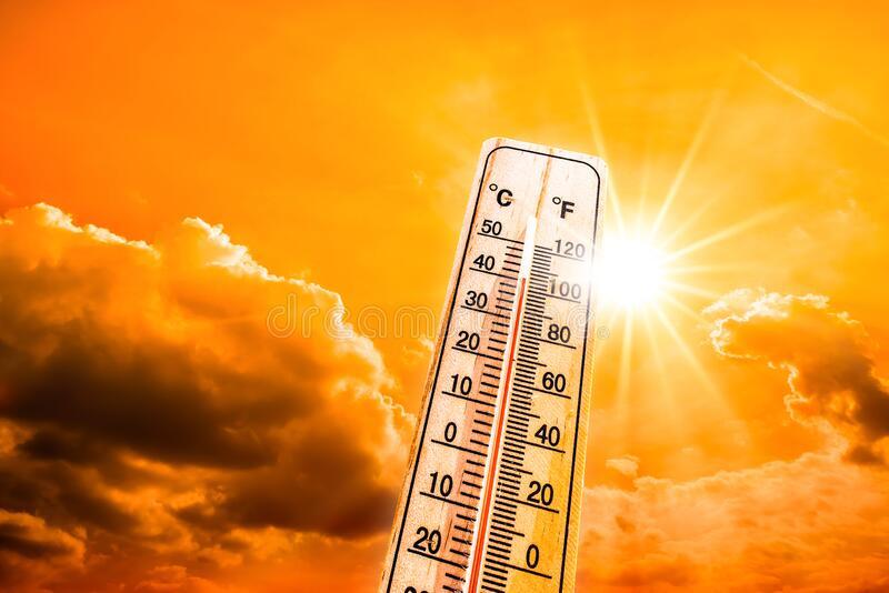 Около 18:00 часа на 2 август термометрите са достигнали максимума. Тогава градусите са били 40,4, съобщиха за 999 от Хидрометеорологичната обсерватория...