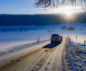 Жълт код за сняг и поледици в 15 области в страната