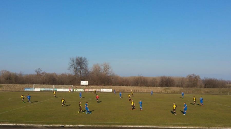 """Отборът на """"Ямбол-1915"""" ще е домакин на тима на Созопол в 16-тия кръг на първенството в Трета лига на Югоизточната група. Срещата е на ямболския стадион..."""