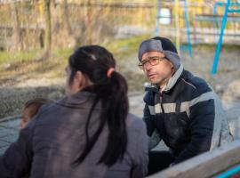 На Бабинден: За избора да родиш у дома 3 деца без лекарска помощ